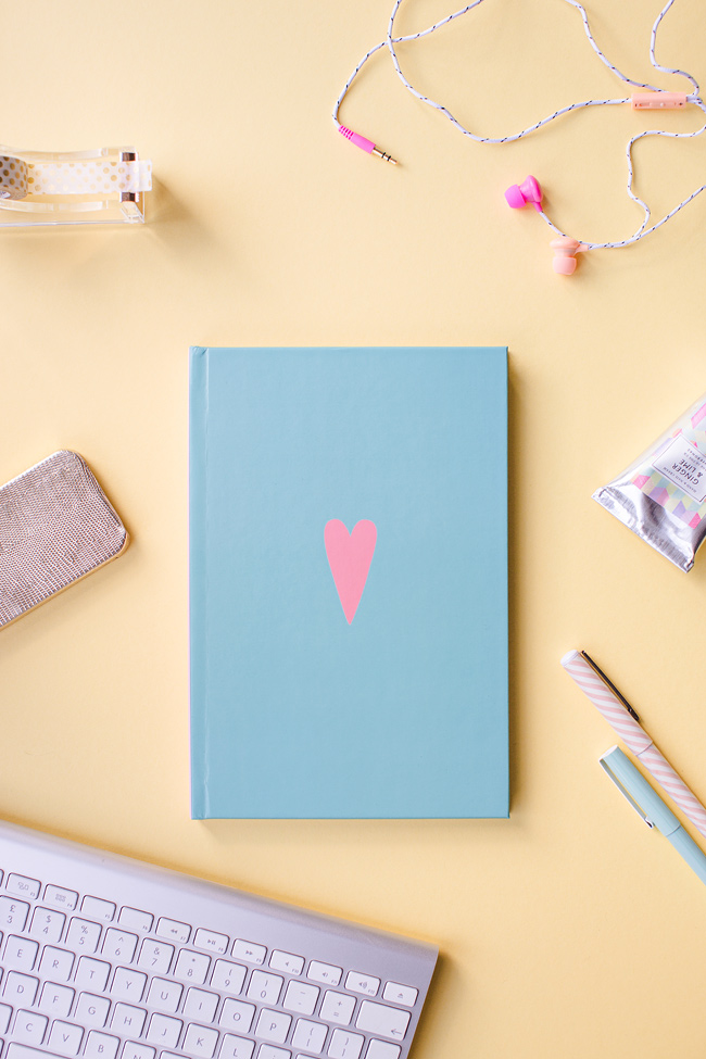 Win an Amazing Planner 2015 at the Her Lovely Heart quote contest. Click through for details on how to enter.