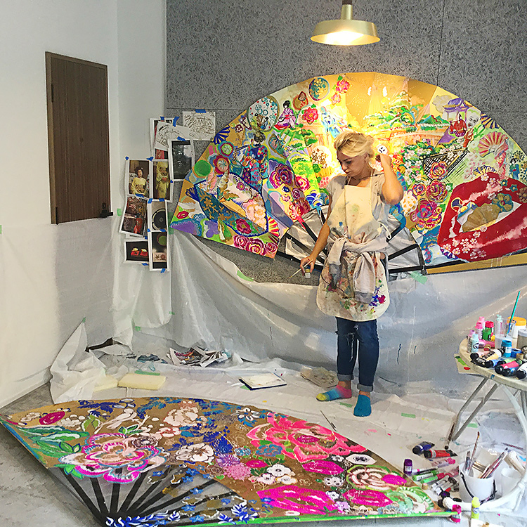 PROfile interview with international contemporary artist Olesya. Click through to read!